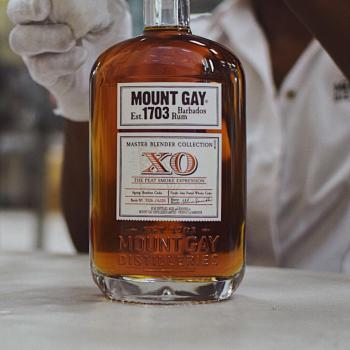 Mount Gay XO Peat Smoke Expression: Bottle (Photo From Internet)