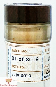 La Hechicera Serie Experimental No.1 The Muscat Experiment Bottle Neck 01